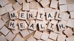 Scrabble brikker med skriften psykisk helse